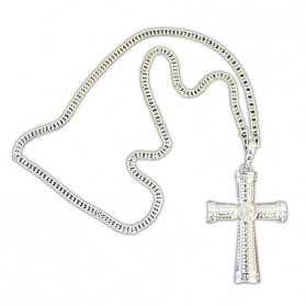 Collier avec Croix Gothique en métal