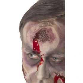 Fausse Cicatrice avec trou dans la tête et sang