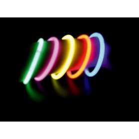 Tube de 15 bracelets lumineux pour soirée de groupe