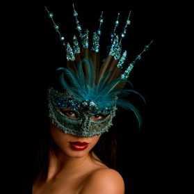 masque femme à paillettes