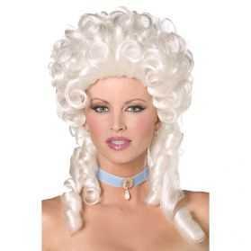 perruque pour se déguiser en comtesse