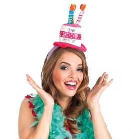 chapeau en forme de gâteau anniversaire